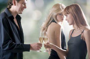 Aşırı Kıskançlık Sevgiliyi Bıktırıyor